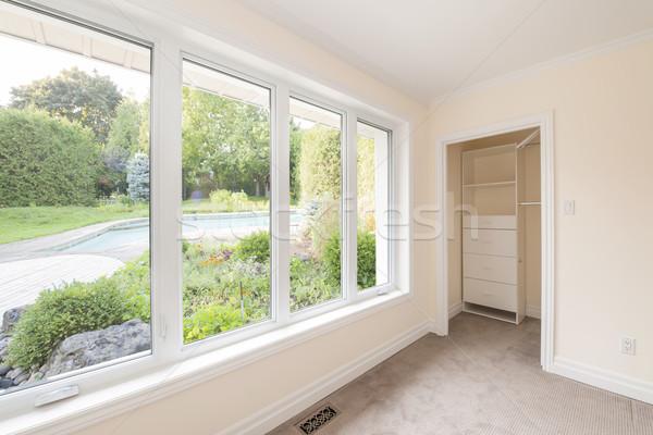 Groot venster slaapkamer lege naar zomer Stockfoto © elenaphoto