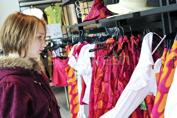 Zdjęcia stock: Zakupy · ubrania · dziewczyna · dziecko