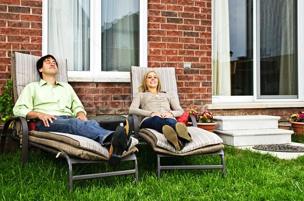 Gelukkig paar ontspannen home nieuw huis Stockfoto © elenaphoto