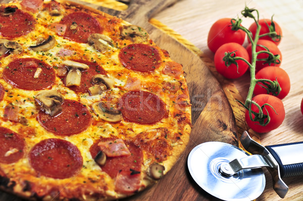 Pepperoni pizza bois Photo stock © elenaphoto