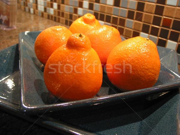 Ciotola luminoso arancione blu contatore di cucina alimentare Foto d'archivio © elenaphoto