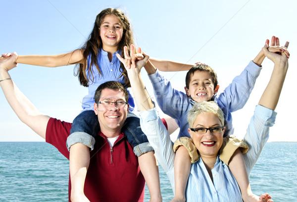 Stok fotoğraf: Mutlu · aile · eğlence · omuz · su · aile