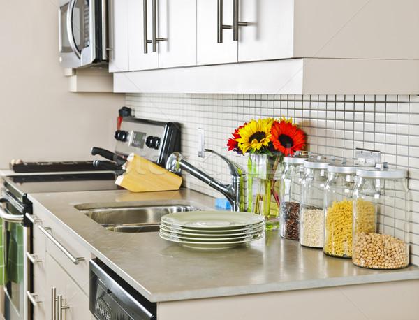 Keuken interieur moderne klein natuurlijke steen home Stockfoto © elenaphoto
