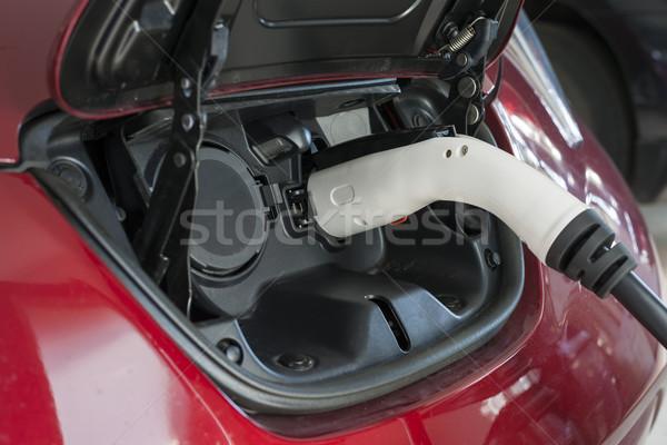 Coche eléctrico garaje casa coche poder Foto stock © elenaphoto