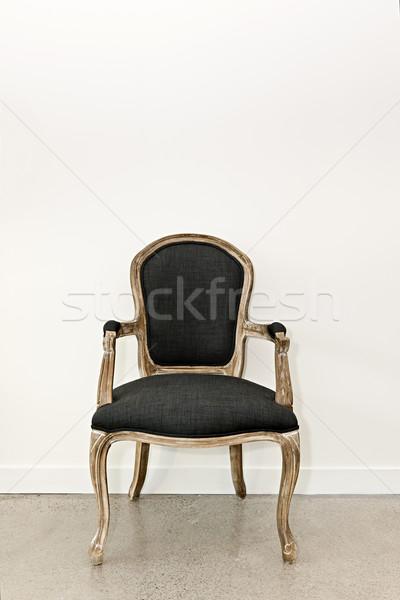 Сток-фото: антикварная · кресло · стены · мебель · белый · интерьер