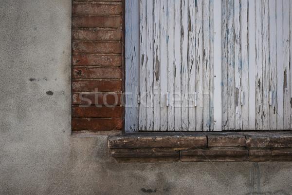 старые окна закрыто жалюзи Сток-фото © elenaphoto