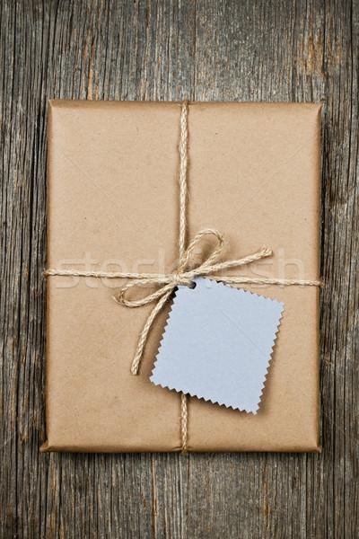 Regalo tag carta marrone pacchetto carta string Foto d'archivio © elenaphoto