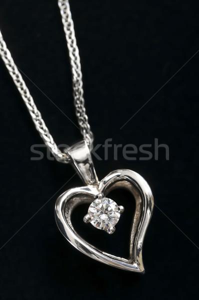 Gyémánt szív nyaklánc fehér arany lánc Stock fotó © elenaphoto