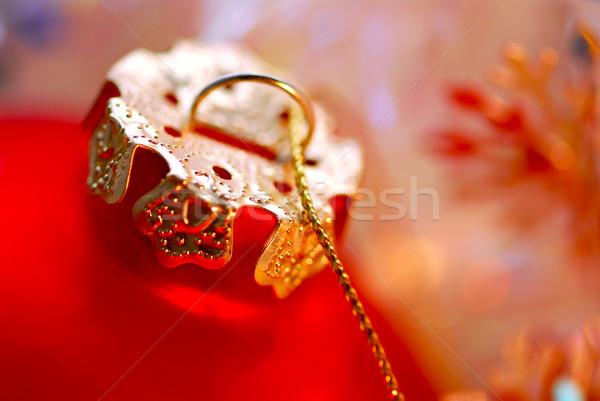 Natal ornamento vermelho vidro bola dourado Foto stock © elenaphoto