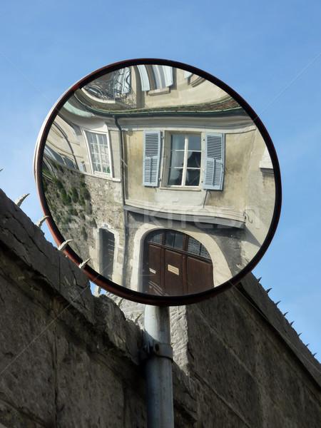 Tükör utca épület homlokzat égbolt ablak Stock fotó © Elenarts