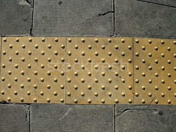 Trottoir blinde mensen Geel punten helpen Stockfoto © Elenarts