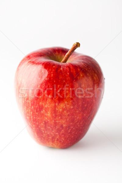 красное яблоко белый продовольствие природы яблоко Сток-фото © ElinaManninen