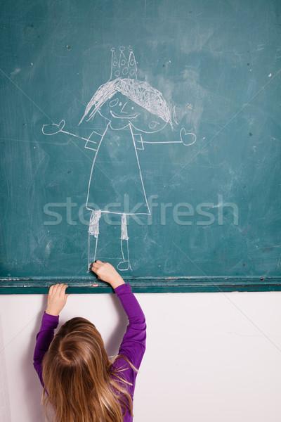 Foto stock: Joven · dibujo · pizarra · estudio · retrato · aula