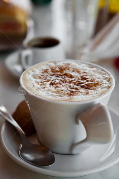 Finom forró csokoládé krém reggeli asztal kávé Stock fotó © ElinaManninen