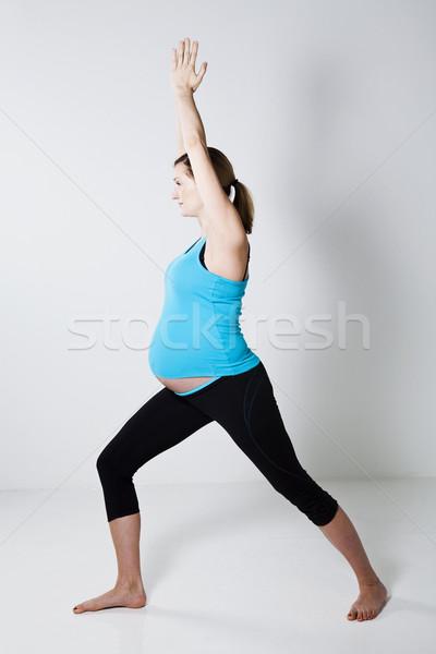 Stock fotó: Terhes · nő · jóga · testmozgás · nyújtás · egyensúly · karok