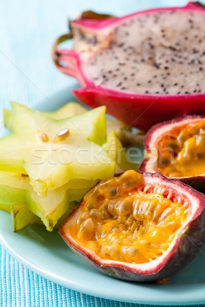 Tropikal meyve plaka tutku meyve gıda renk Stok fotoğraf © ElinaManninen