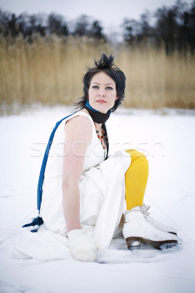 женщину платье шарф льда Сток-фото © ElinaManninen