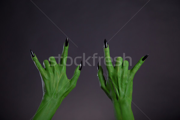 Foto stock: Verde · monstro · mãos · heavy · metal · gesto