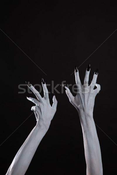 Pálido fantasma mãos forte preto unhas Foto stock © Elisanth