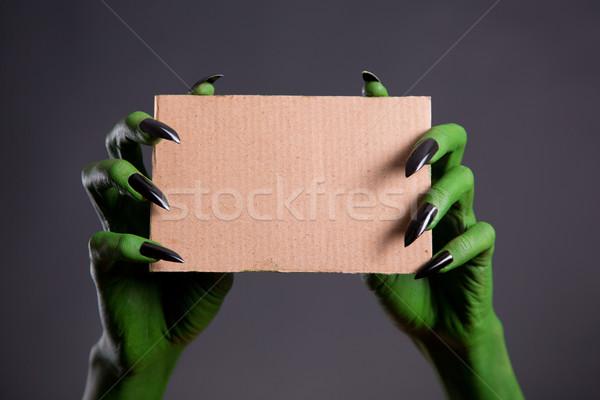 Groene handen zwarte nagels lege Stockfoto © Elisanth