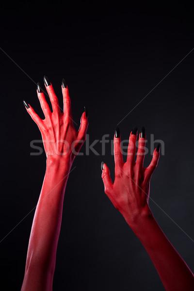 Rood handen zwarte nagels halloween Stockfoto © Elisanth