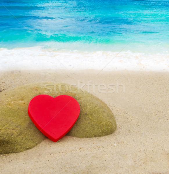 心臓の形態 ビーチ 赤 砂浜 水 愛 ストックフォト © EllenSmile
