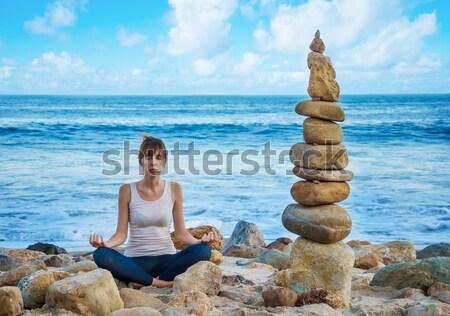 バランスのとれた 岩 スタック 海 バランス ビーチ ストックフォト © EllenSmile
