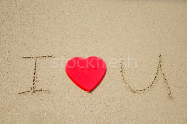 Assinar praia amor vermelho forma de coração beleza Foto stock © EllenSmile