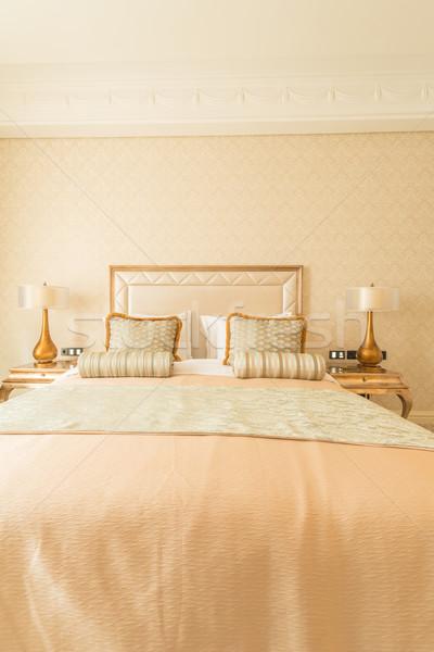 Camera da letto stanza stile moderno business casa viaggio Foto d'archivio © Elnur
