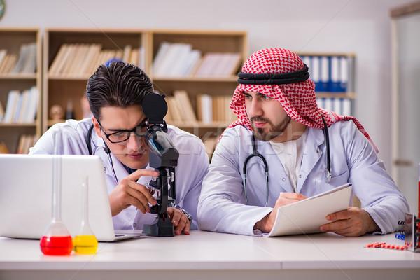 多樣 醫生 醫院 醫生 學生 教育 商業照片 © Elnur