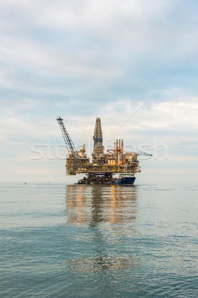 буровая морем бизнеса небе Сток-фото © Elnur