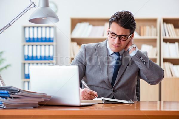 Geschäftsmann Gefühl Schmerzen Büro Business Hand Stock foto © Elnur