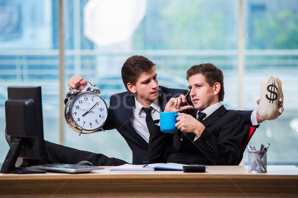 ストックフォト: 時は金なり · 2 · ビジネスマン · ビジネス · クロック · 男性