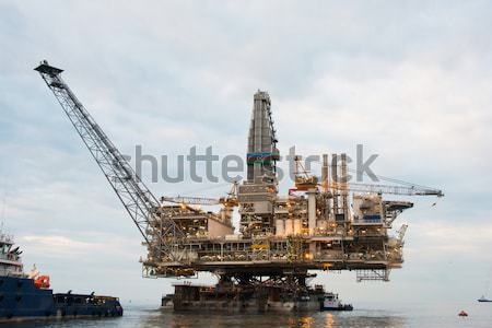 Stock photo: Oil rig platform in the calm sea
