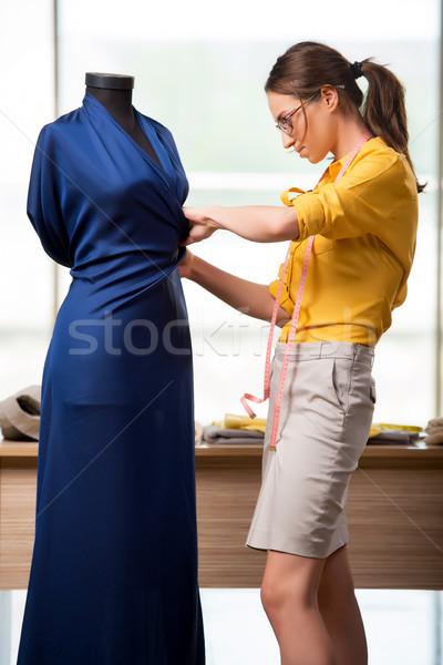 Kadın terzi çalışma yeni giyim moda Stok fotoğraf © Elnur