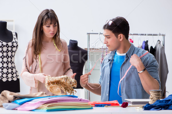 Masculina sastre femenino estudiante taller trabajo Foto stock © Elnur
