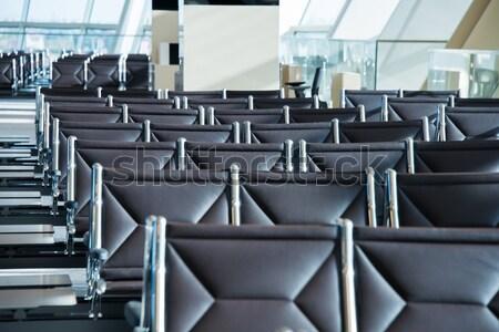Székek repülőtér társalgó üveg fém ablak Stock fotó © Elnur