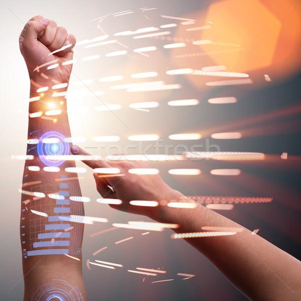 人間 ロボットの 手 未来的な コンピュータ インターネット ストックフォト © Elnur
