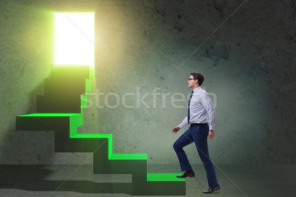 молодые бизнесмен скалолазания карьеру лестнице человека Сток-фото © Elnur
