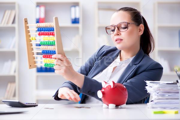 Empresária pensão poupança calculadora feminino moedas Foto stock © Elnur