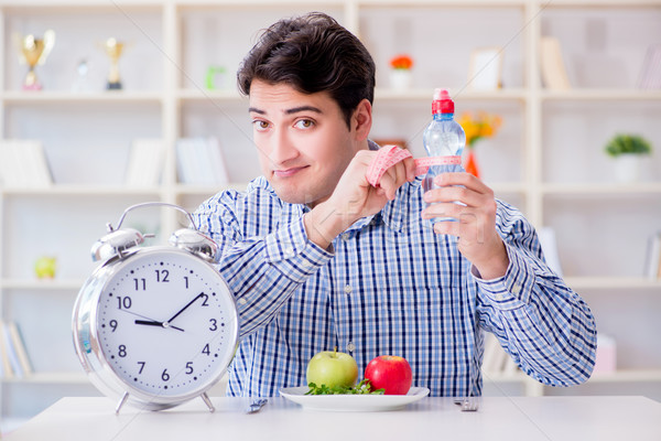 Devagar serviço restaurante comida homem tempo Foto stock © Elnur