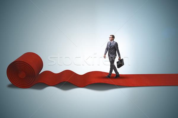 Imprenditore piedi tappeto rosso sfondo club film Foto d'archivio © Elnur