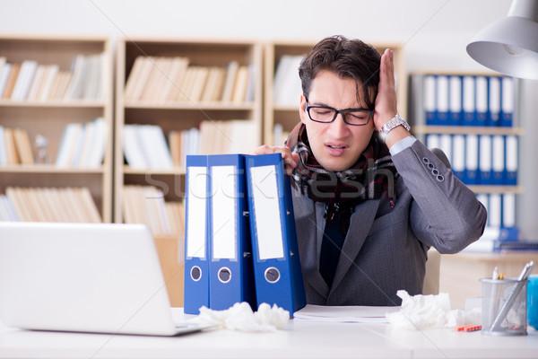 Doente doente empresário escritório homem laptop Foto stock © Elnur