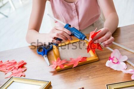 Frau Hand Behandlung Maniküre Hände Modell Stock foto © Elnur