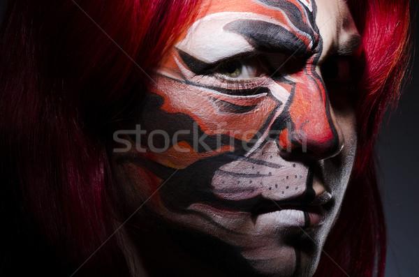 Сток-фото: женщину · лицом · Живопись · темно · комнату · лице · моде