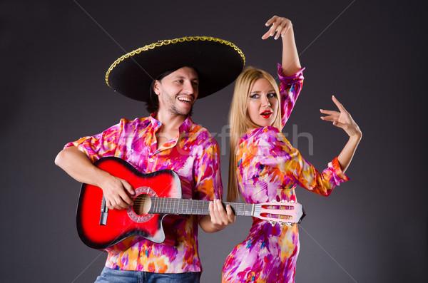 Foto stock: Espanhol · par · jogar · guitarra · dança · mulher
