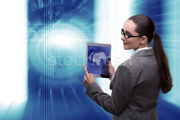 Femme d'affaires données minière ordinateur réseau web Photo stock © Elnur