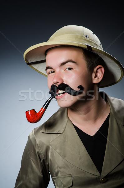 Homme Safari chapeau chasse fumer jeu Photo stock © Elnur