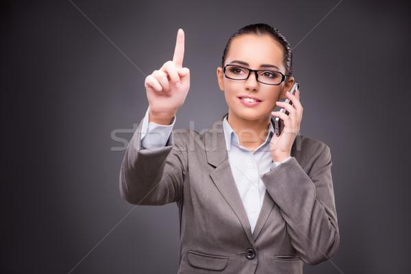 üzletasszony kisajtolás virtuális gombok üzlet kéz Stock fotó © Elnur