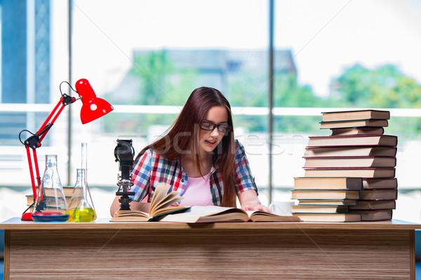 Kadın öğrenci kimya sınavlar kitaplar okul Stok fotoğraf © Elnur